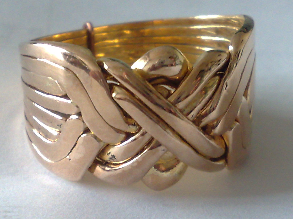 BRONZE PUZZLE RINGS